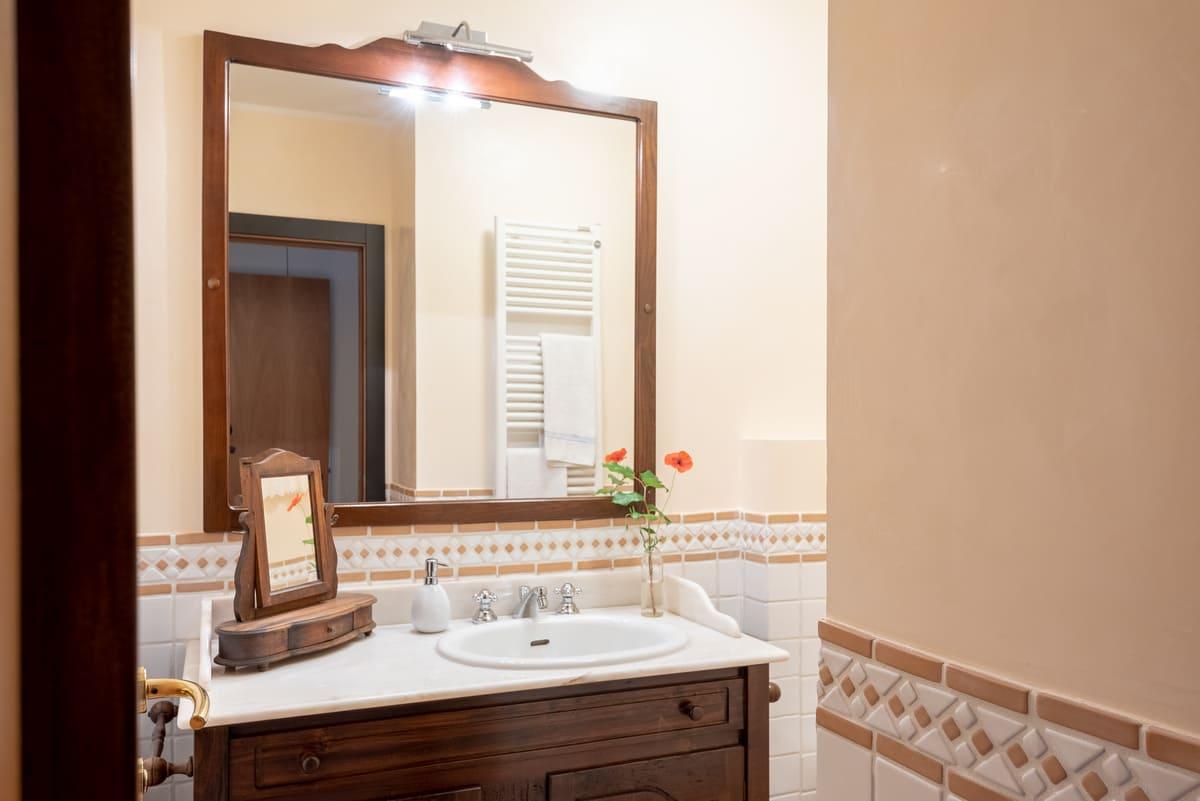 Villa Leonardo in Vinci Bathroom